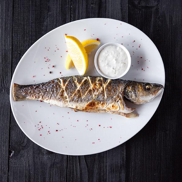Целая рыбка сибас Прованс 1