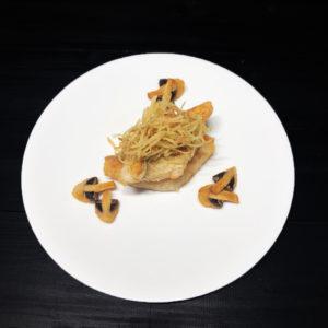 Филе судака с грибами и картофелем пай