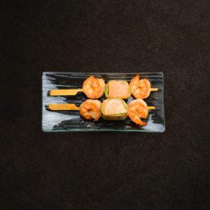 Брошет из лосося с креветками и цукини